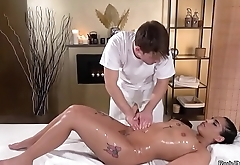 Spanish babe fucks in massage room