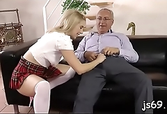 Slutty playgirl gives this old guy a blowjob of a lifetime
