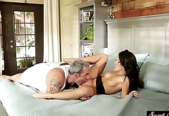 Classy stepdaughter pussyfucked by stepdad
