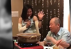 a very Naughty Lady Singing !! (Taiwanese Song)